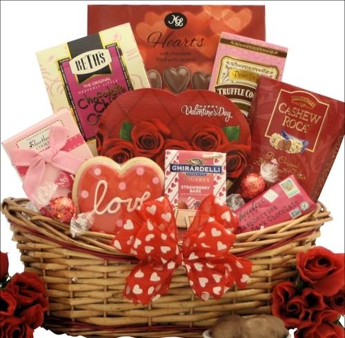 Sweet_Love_Valentine's_Day_Gift_Basket