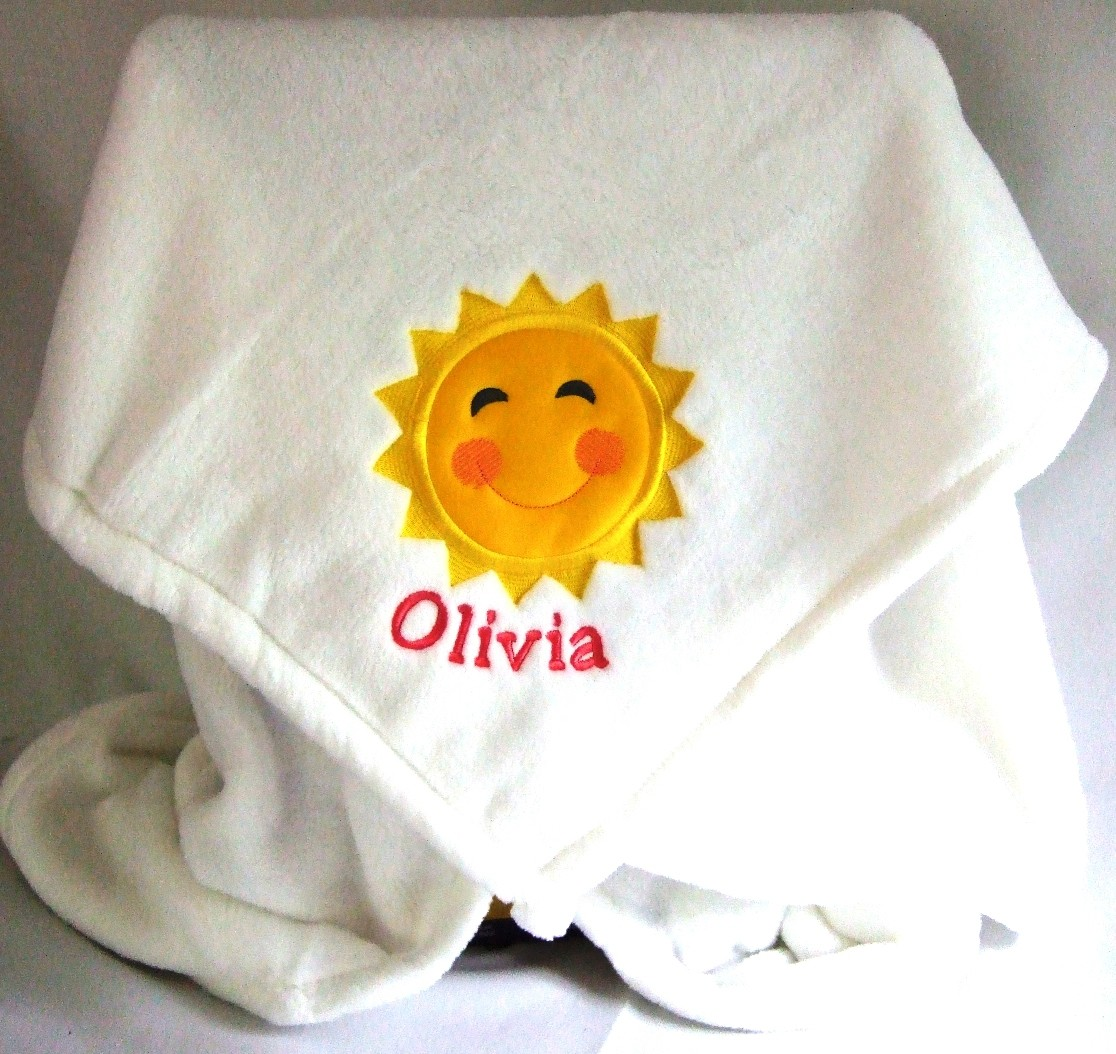 Personalized baby blanket with sun appliqueTMF1004
