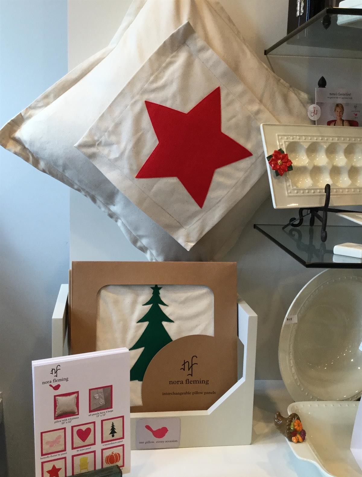 Nora_Fleming_Pillows_Toppers_Pumpkin_Christmas_Tree_Star