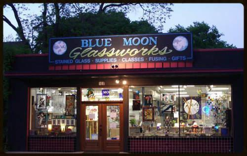 Blue Moon Glassworks store front