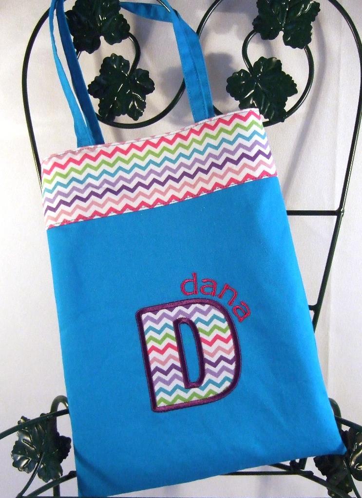 Personalized girls purse with zig zag trim