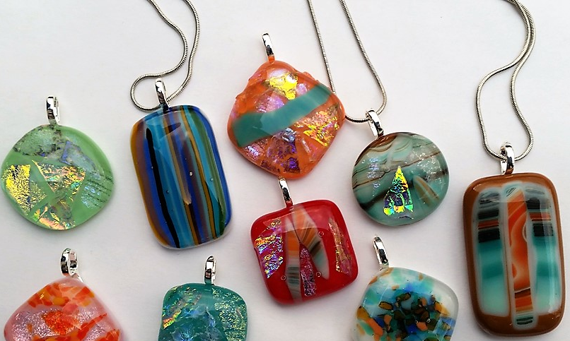 Fused dichroic pendant class examples.