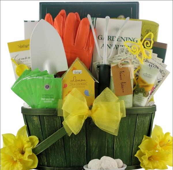 Gardening_Delight_Gardening_Gift_Basket