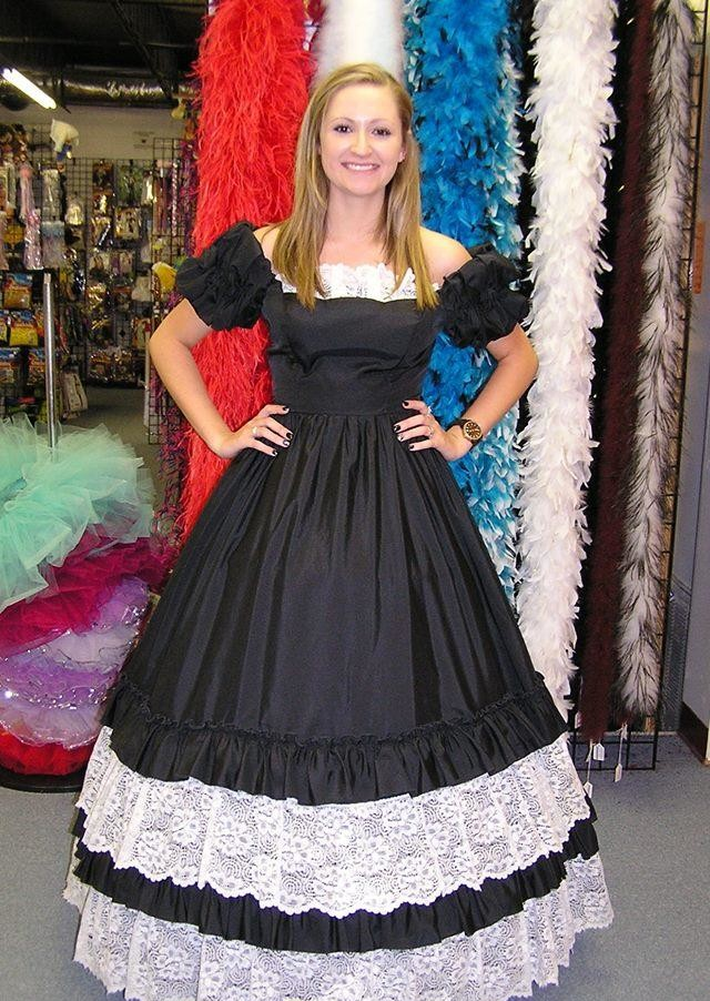 black-white-southern-belle-rental-costume