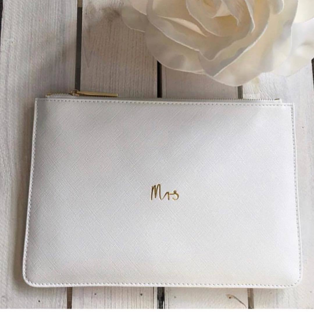 KL Mrs. Pouch - White