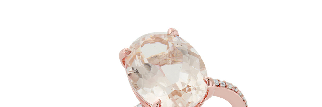 Oval Morganite and Round Diamonds in Rose Gold