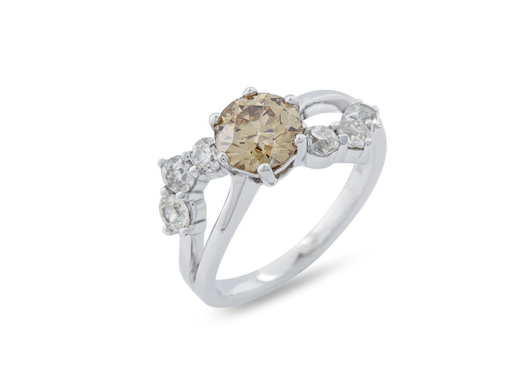Cognac Diamond Ring
