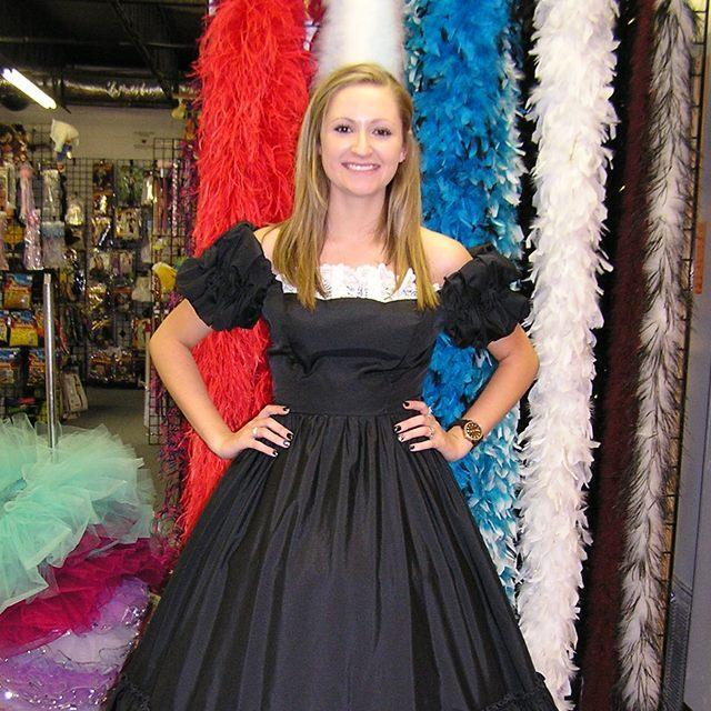 black-white-southern-belle-rental-costume