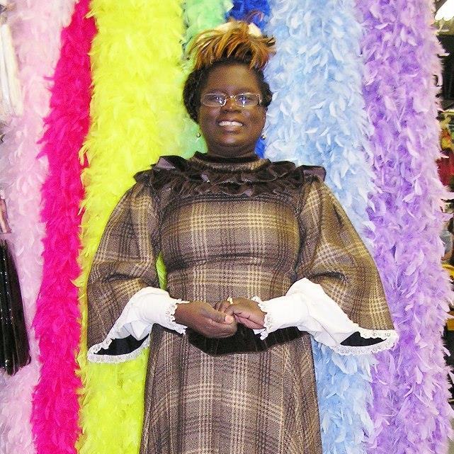 ladies-theatrical-rental-costume
