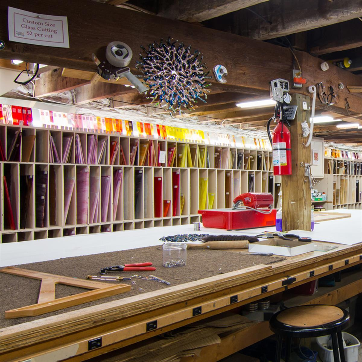 Stained, Fused and Mosaic Glass Supplies and Classes.