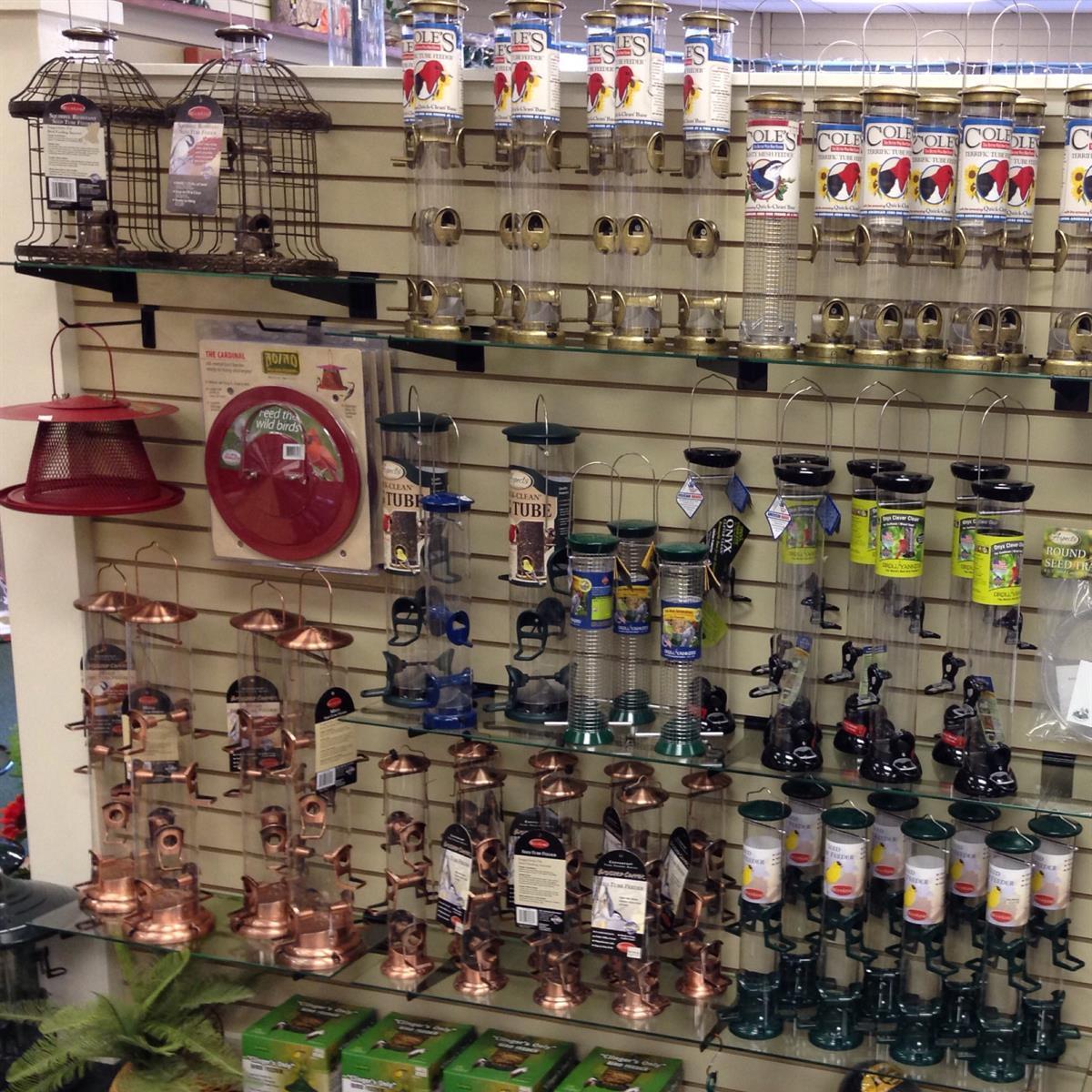 Bird seed, bird feeders, humming bird feeders available at Bird Watcher Supply Company