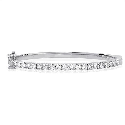 Diamond Bangle Bracelet in 14 K White Gold