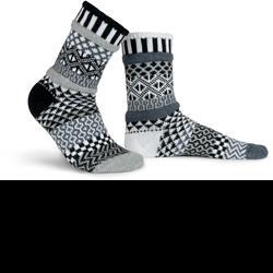 Solmate Socks_mismatched socks