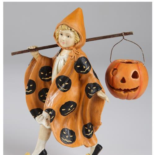 Bethany_Lowe_American_artist_figurines_seasonal_collectible_detailed
