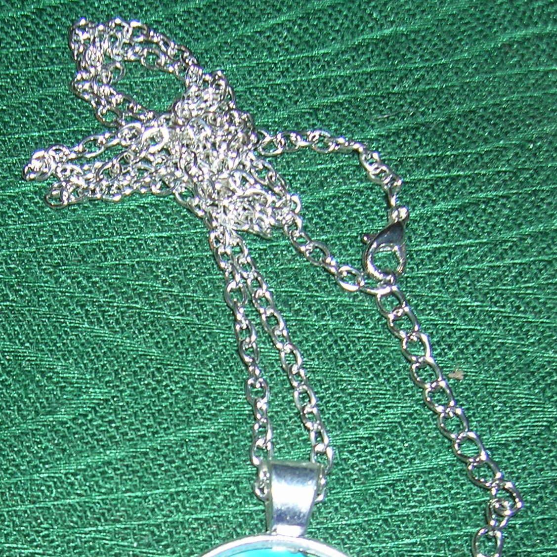 Hummingbird w/Flower Necklace