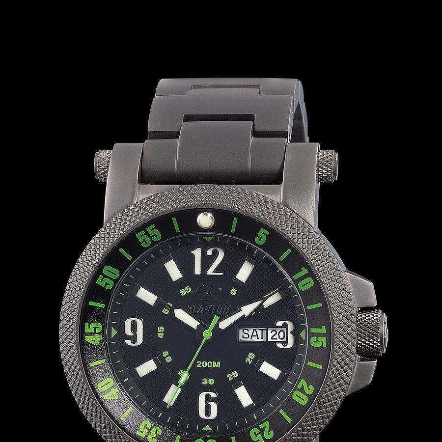 Reactor_fallout_2_black_and_green_watch
