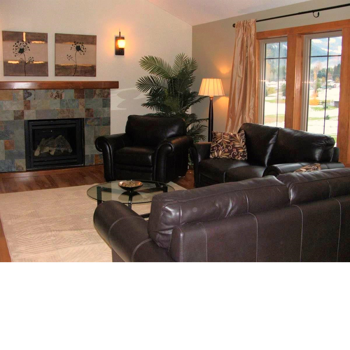 Kootenai Moon Furniture Living Room staging