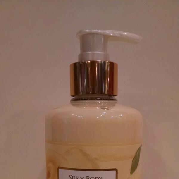French Vanilla Silky Body Cream