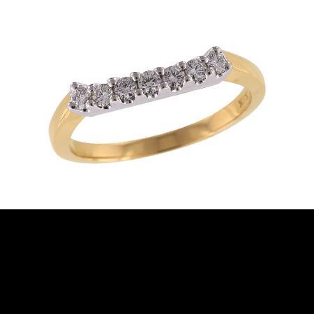 Anniversary_band_cheveron_yellow_gold_diamond