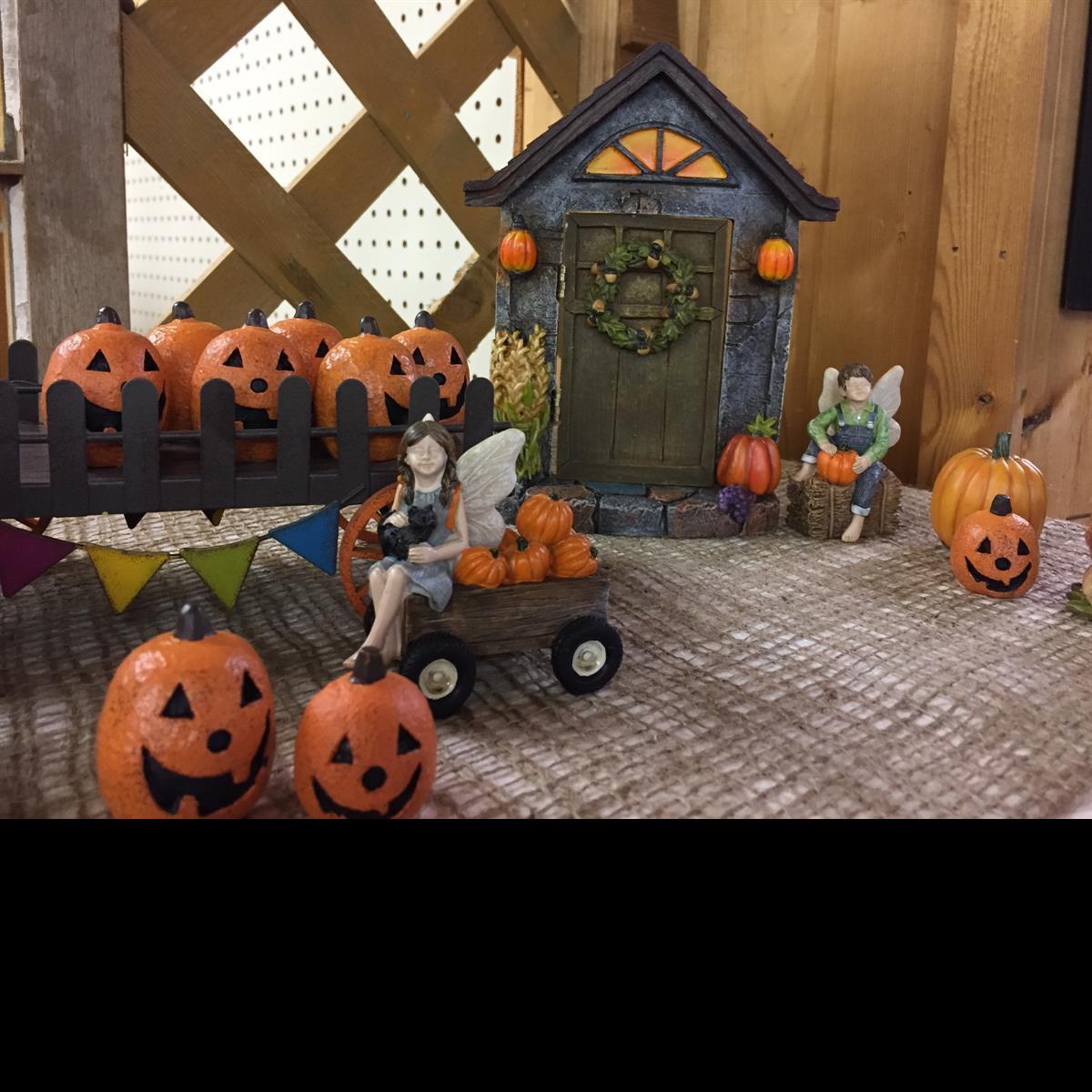 Seasonal_Fairy_Garden_Minitures