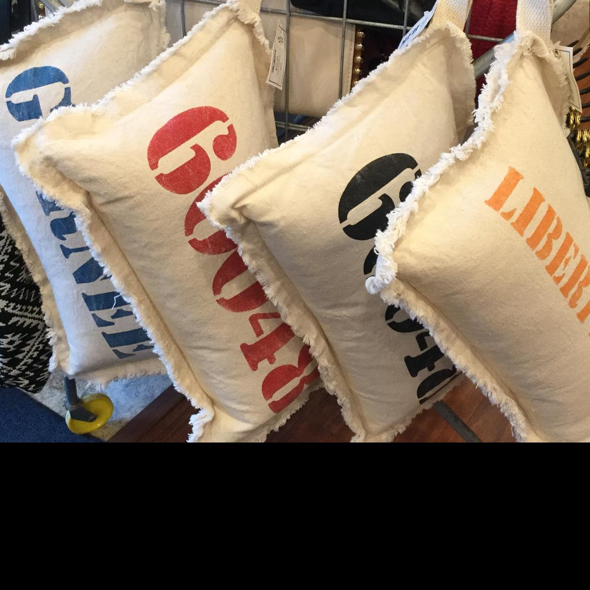 Custom_Pillows