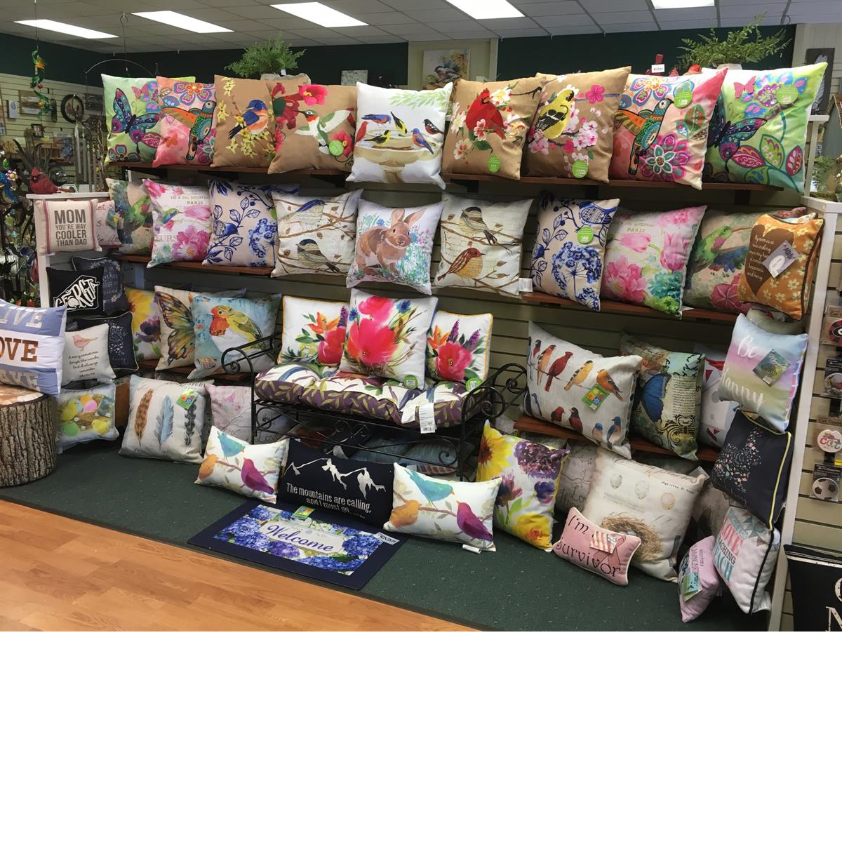indoor/outdoor pillows, decor, made in the usa, manual woodworkers and weavers