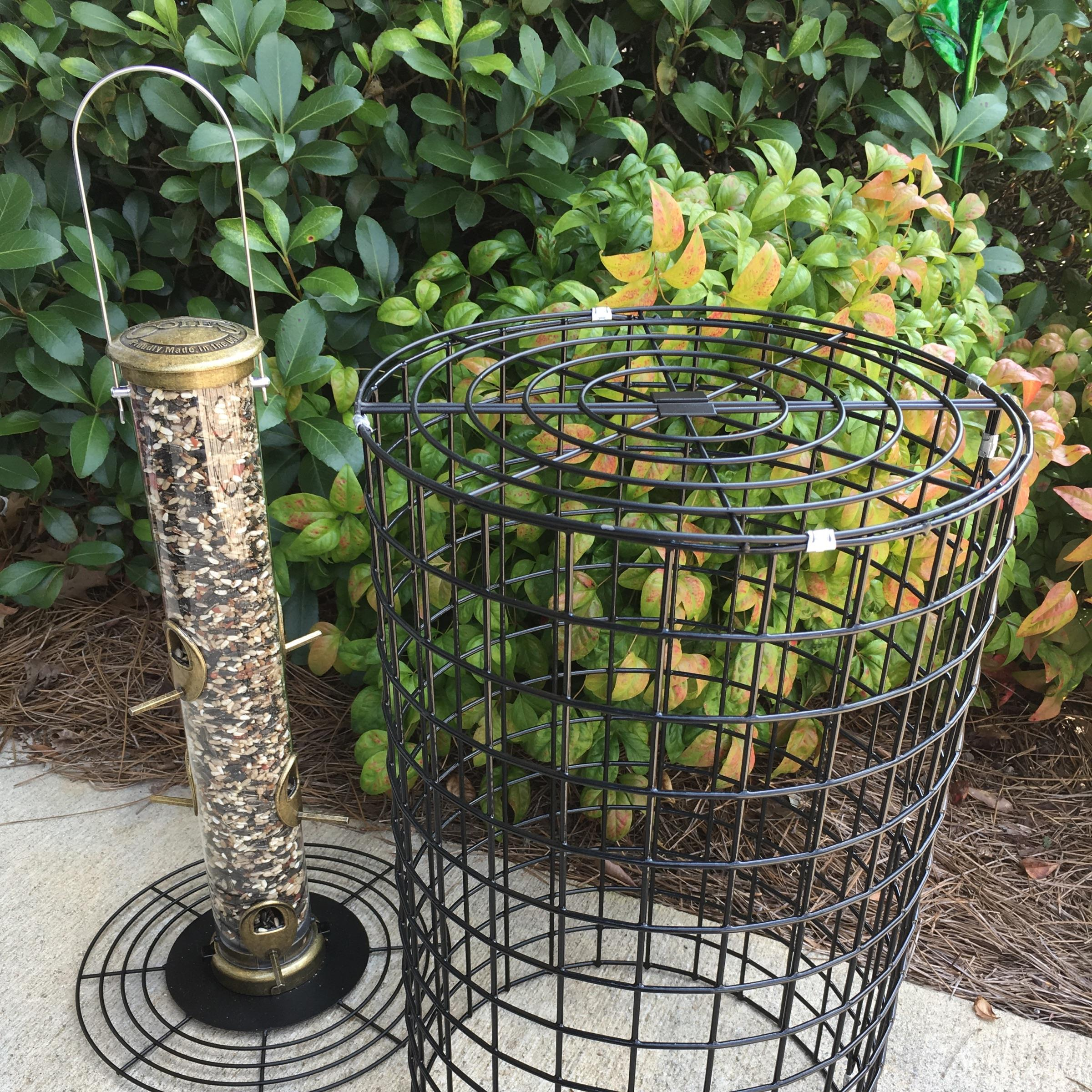 squirrel resistant, squirrel proof, cage, tube feeder, backyard nature products