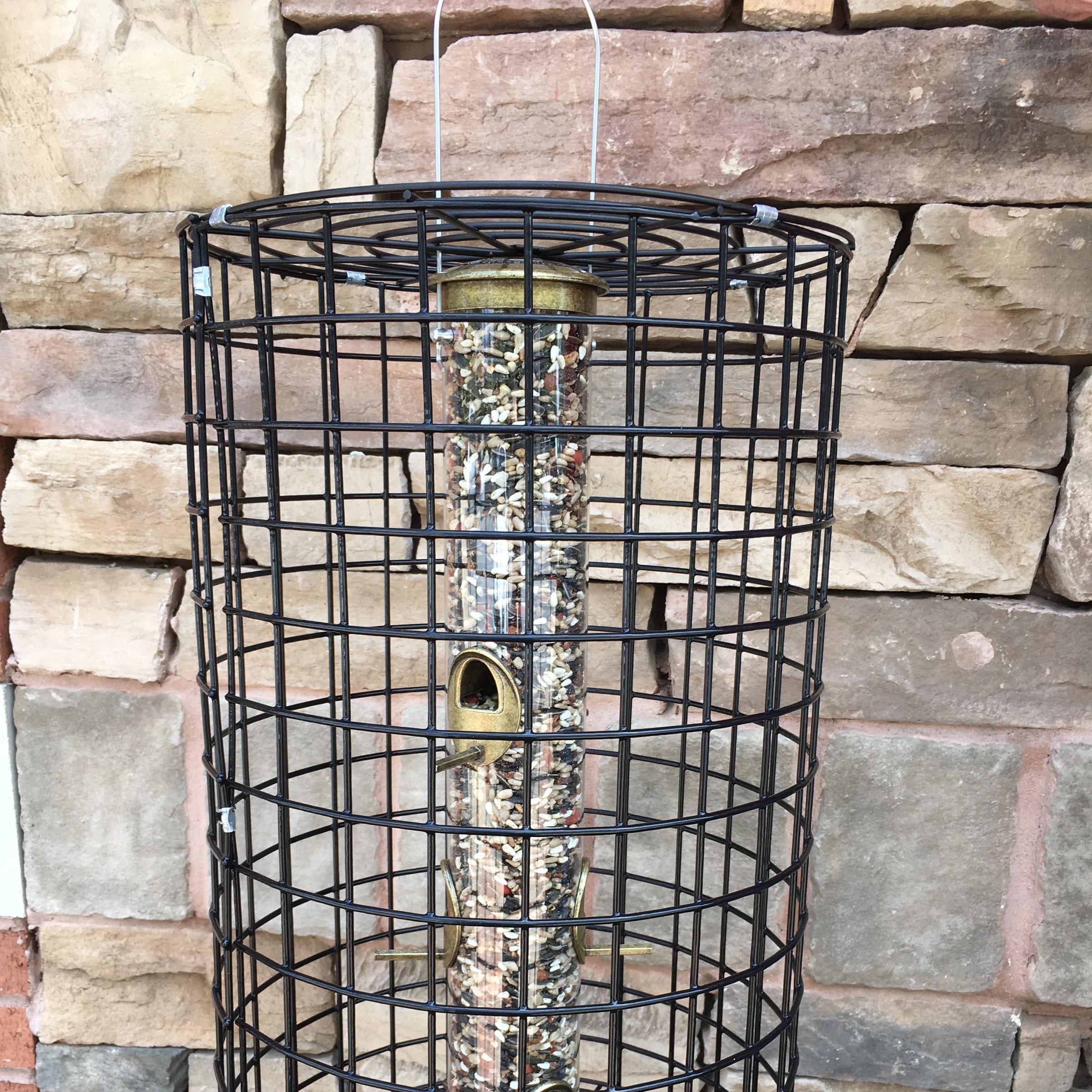 squirrel proof, squirrel resistant, cole's feeder, cage